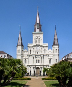 st-louis-cathedral-new-orleans-exterior-250x300